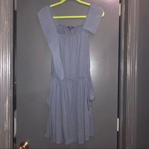 Gap dress size small